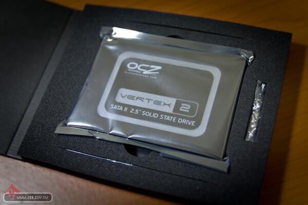 SSD硬碟